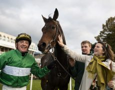 Dalileo and Paddy Woods wins the lastleg of the Corinthian Challenge.Leopardstown.Photo: Patrick McCann/Racing Post 26.10.2019